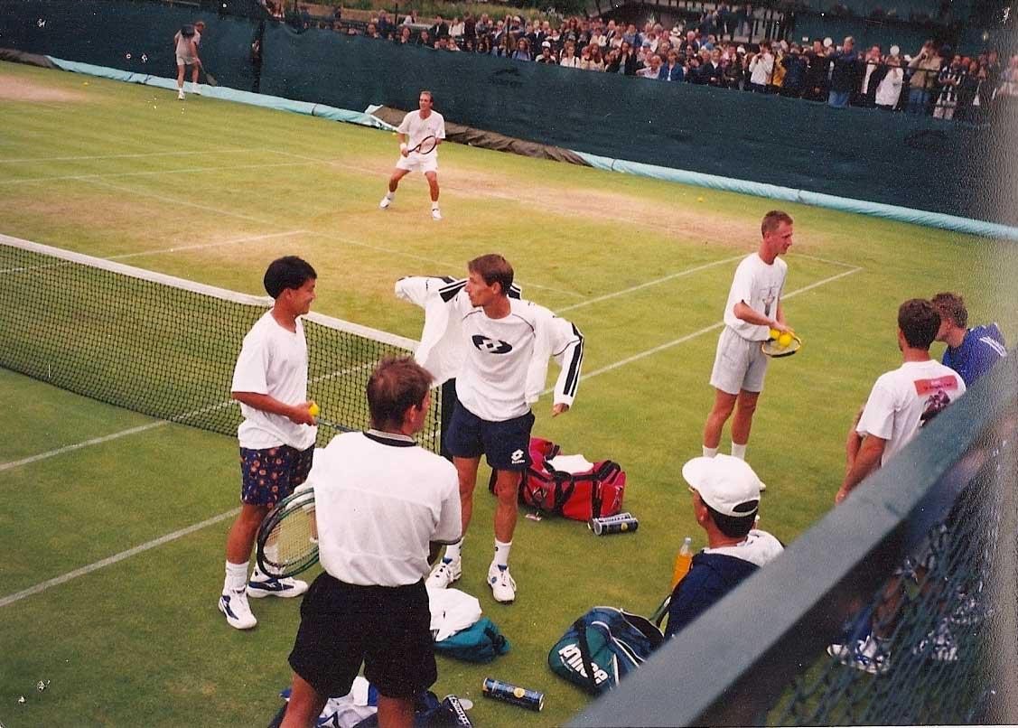 Wimbledon 2001: Michael Chang, Paul Haarhuis και Petr Korda στο practicing court No1.